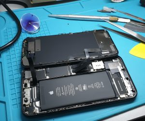 Iphone xr Lcd replace